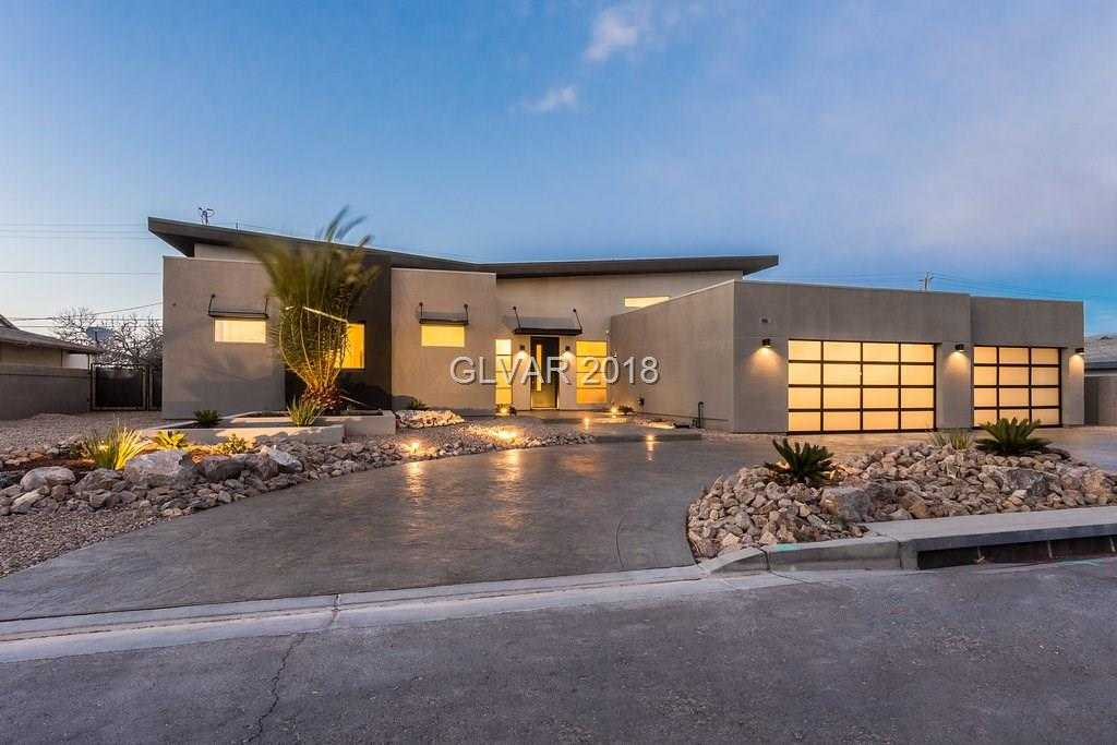 $774,400 - 4Br/4Ba -  for Sale in Black Mountain Golf & Cntry Cl, Henderson
