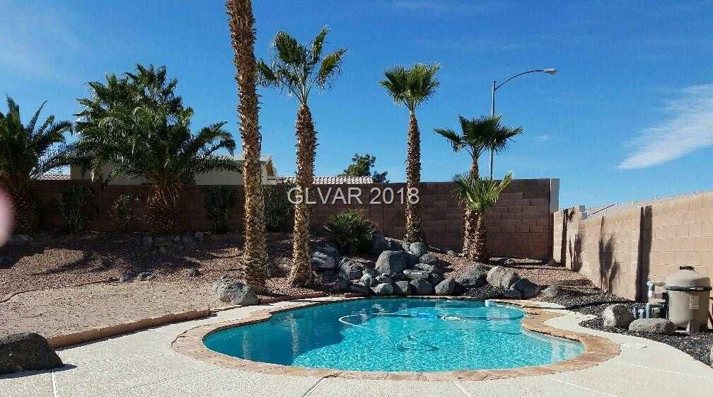 $300,000 - 3Br/2Ba -  for Sale in Cheyenne Ridge, North Las Vegas
