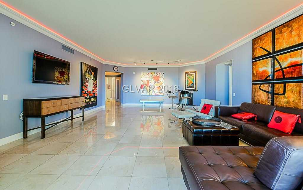 $545,000 - 2Br/3Ba -  for Sale in Turnberry Place Phase 4, Las Vegas