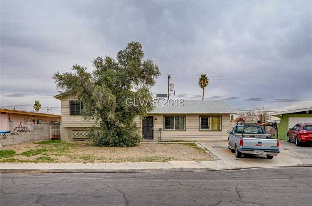 $190,000 - 5Br/3Ba -  for Sale in Charleston Hgts Tract #41a, Las Vegas