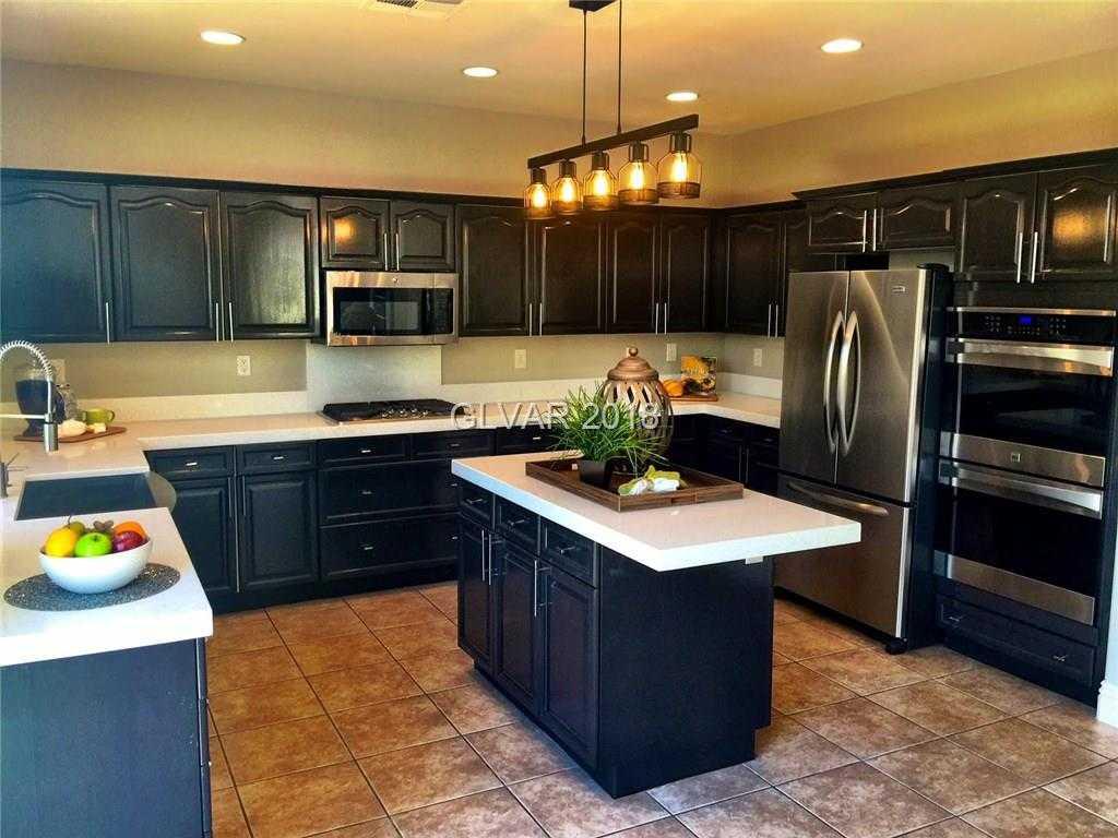 $489,500 - 5Br/3Ba -  for Sale in Seven Hills Parcel T2-unit 3, Henderson