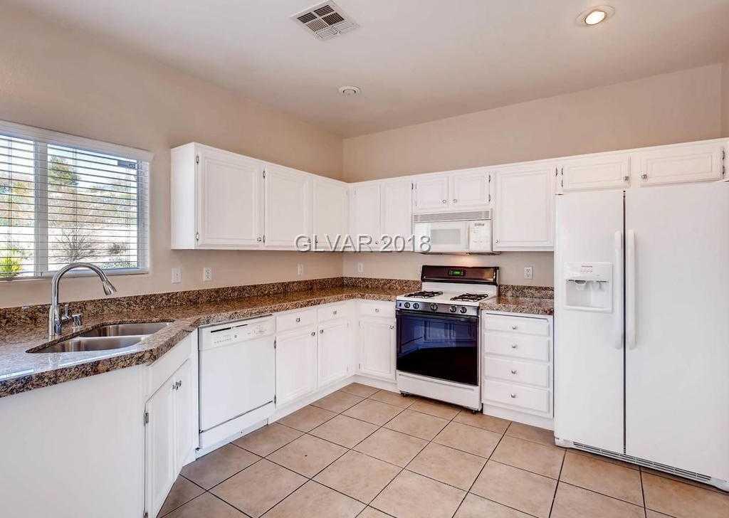 $340,000 - 3Br/3Ba -  for Sale in Seven Hills Parcel V2, Henderson