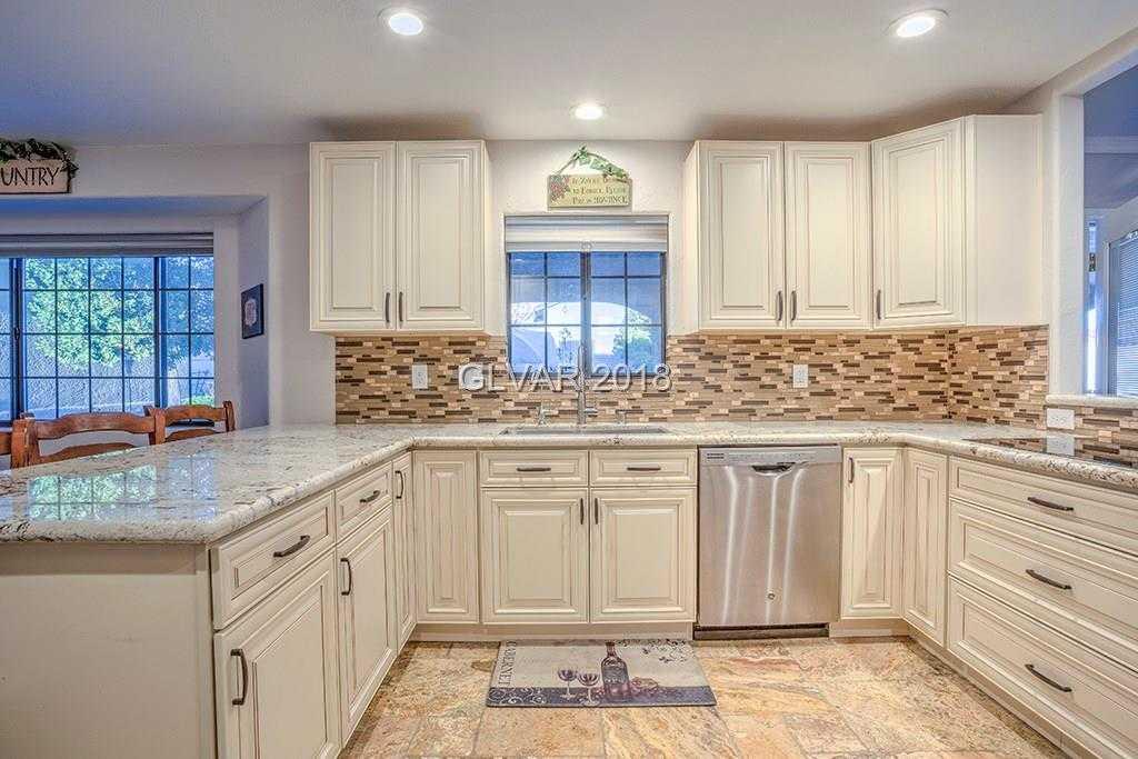 $500,000 - 5Br/4Ba -  for Sale in Sunrise Manor, Las Vegas