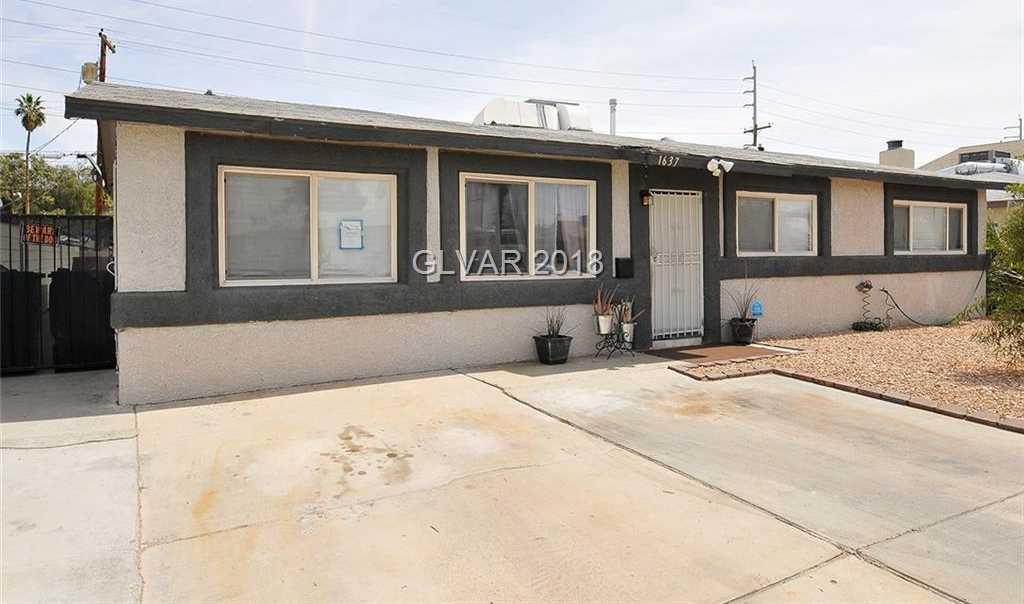 Las Vegas 6+ Bedroom Homes for Sale -