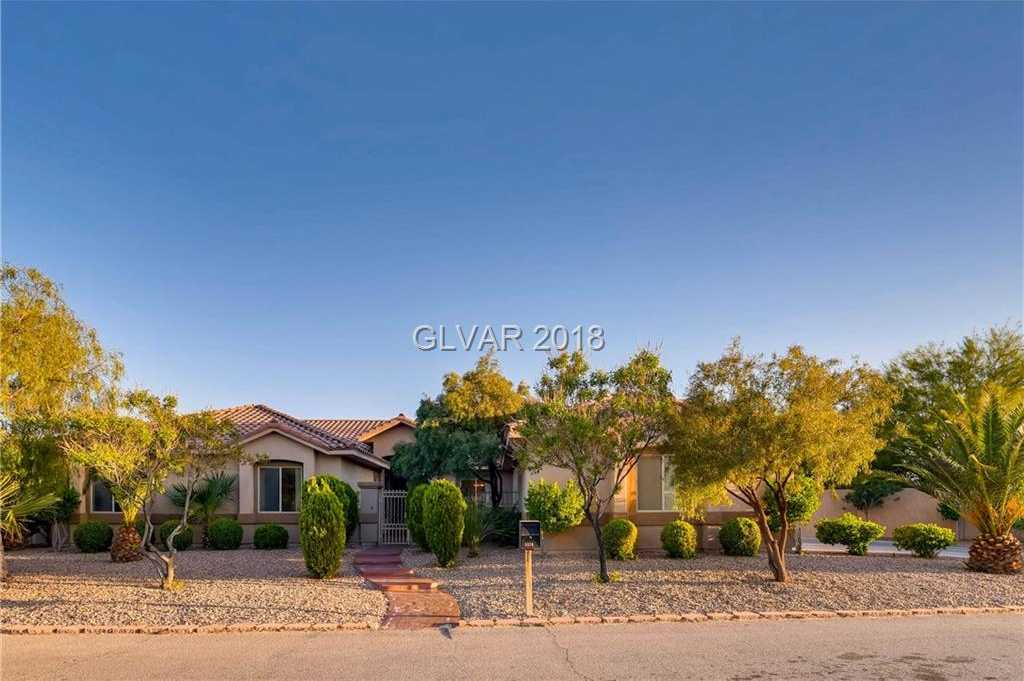 $699,999 - 4Br/4Ba -  for Sale in Vista Pageantry, Las Vegas