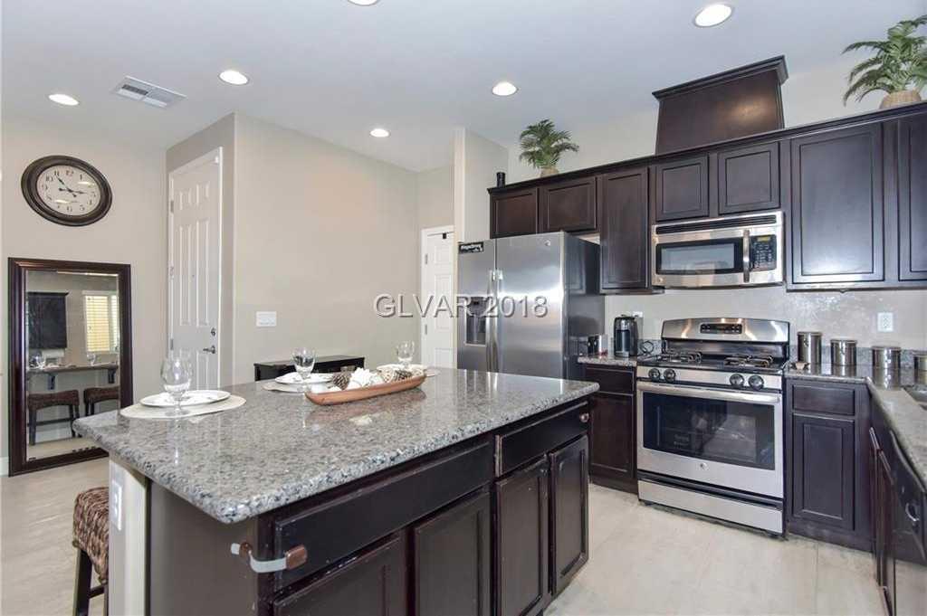 $280,000 - 3Br/3Ba -  for Sale in Rhodes Ranch Parcel 19 Unit 7, Las Vegas