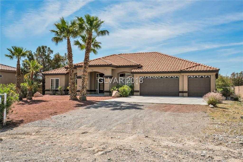 $600,000 - 4Br/4Ba -  for Sale in None, Las Vegas