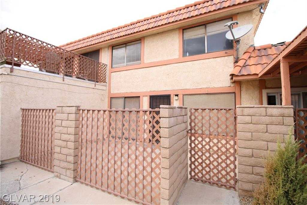 $150,000 - 2Br/2Ba -  for Sale in Pepper Tree #01, Las Vegas