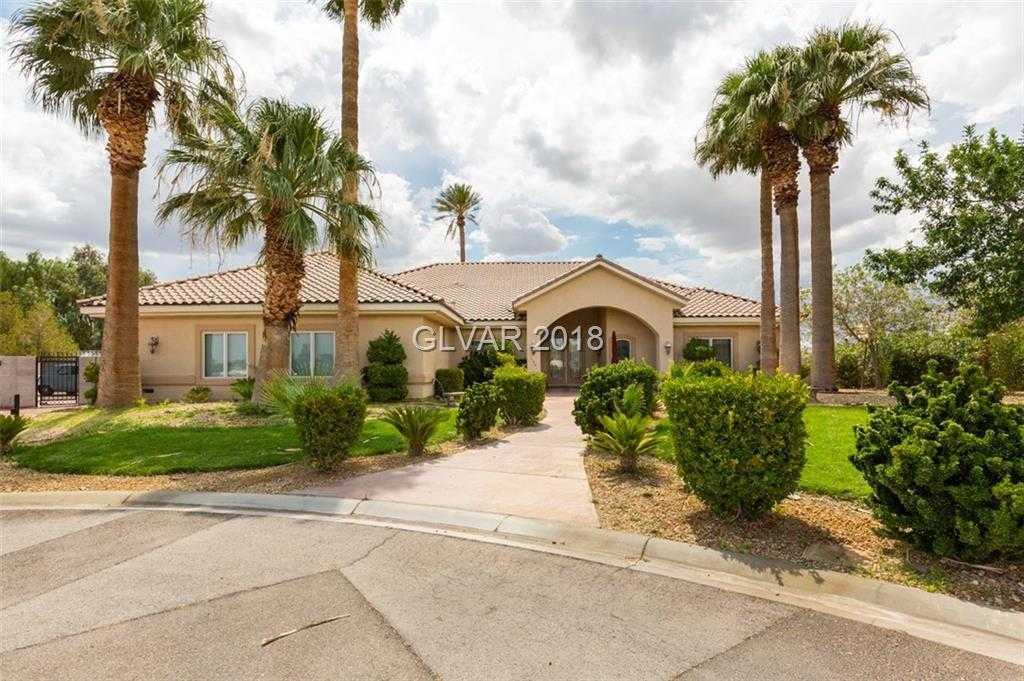 $599,000 - 4Br/4Ba -  for Sale in Lake Las Vegas Parcel 21, Las Vegas