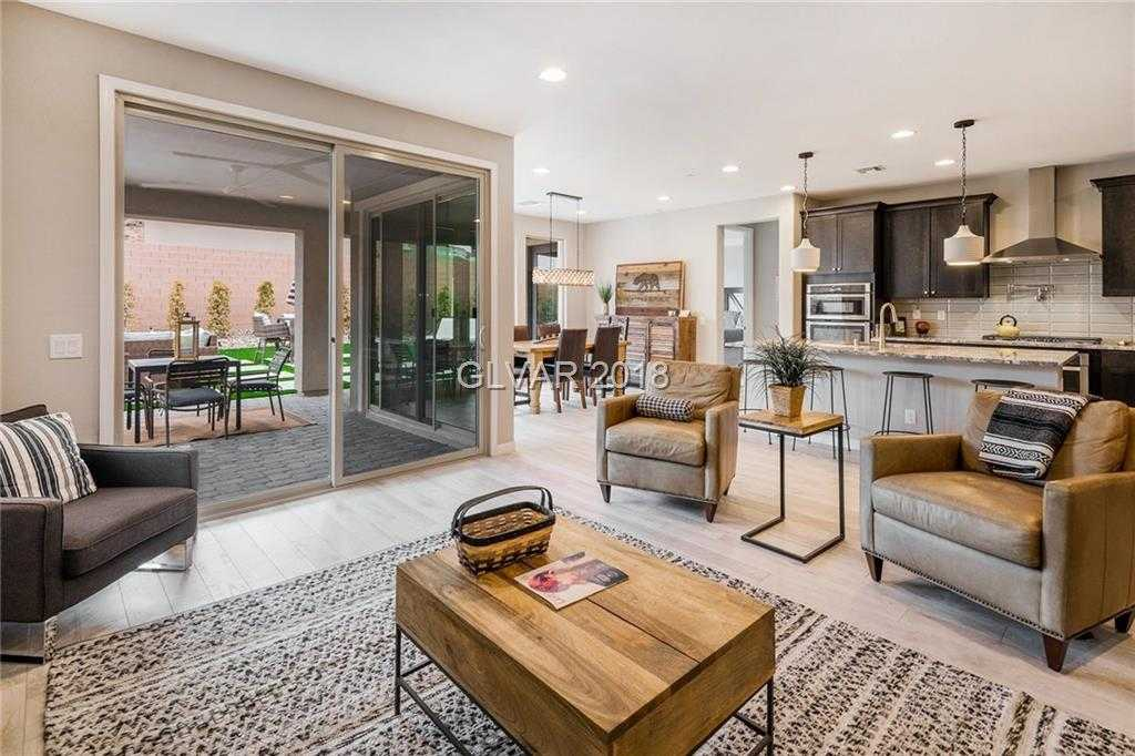 $480,000 - 3Br/2Ba -  for Sale in Bellano, Henderson