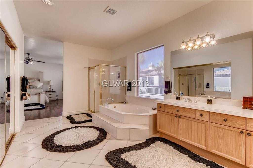 $575,000 - 5Br/3Ba -  for Sale in Rhodes Ranch, Las Vegas
