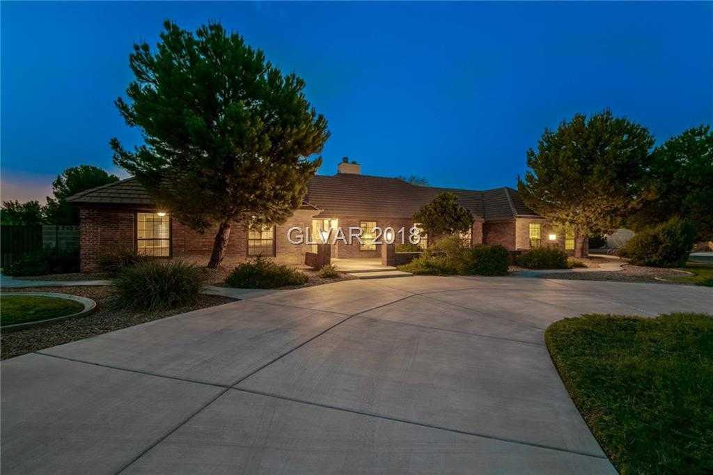 $600,000 - 5Br/4Ba -  for Sale in Casa De Sierra, Las Vegas