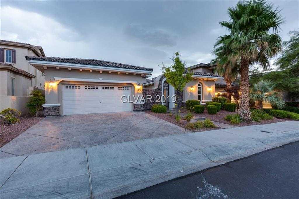 $819,900 - 4Br/4Ba -  for Sale in Red Rock Golf Club No 1, Las Vegas
