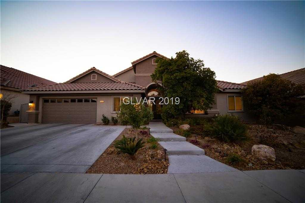 $569,999 - 4Br/3Ba -  for Sale in Carriage Lane 2-phase 3, Henderson