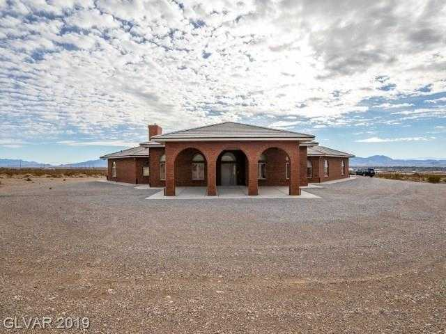 $585,000 - 3Br/5Ba -  for Sale in Green Valley Estates, Pahrump