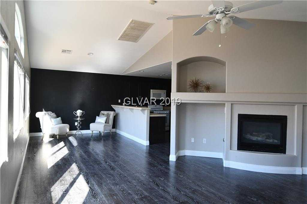 $295,000 - 3Br/3Ba -  for Sale in Canyon Trail At Rhodes Ranch-, Las Vegas