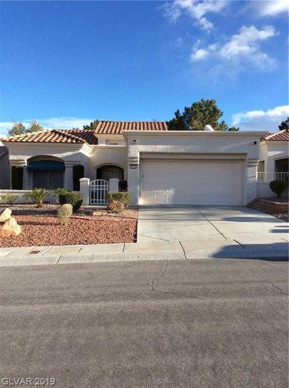 $300,000 - 2Br/2Ba -  for Sale in Sun City Las Vegas, Las Vegas