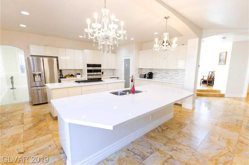 $849,000 - 5Br/5Ba -  for Sale in Rhodes Ranch Phase 5-unit 2, Las Vegas