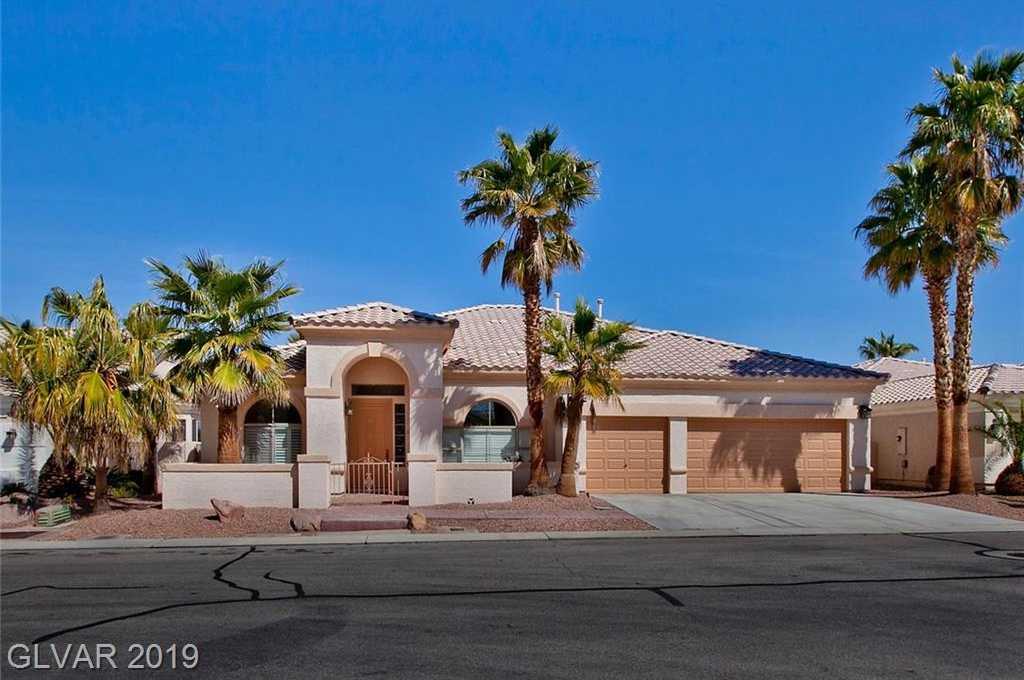 $600,000 - 3Br/3Ba -  for Sale in Rhodes Ranch, Las Vegas