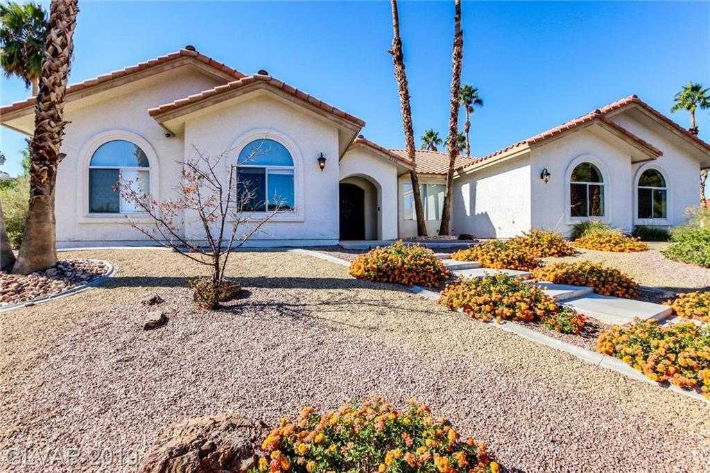 $599,900 - 4Br/3Ba -  for Sale in Santa Margarita Manor, Las Vegas