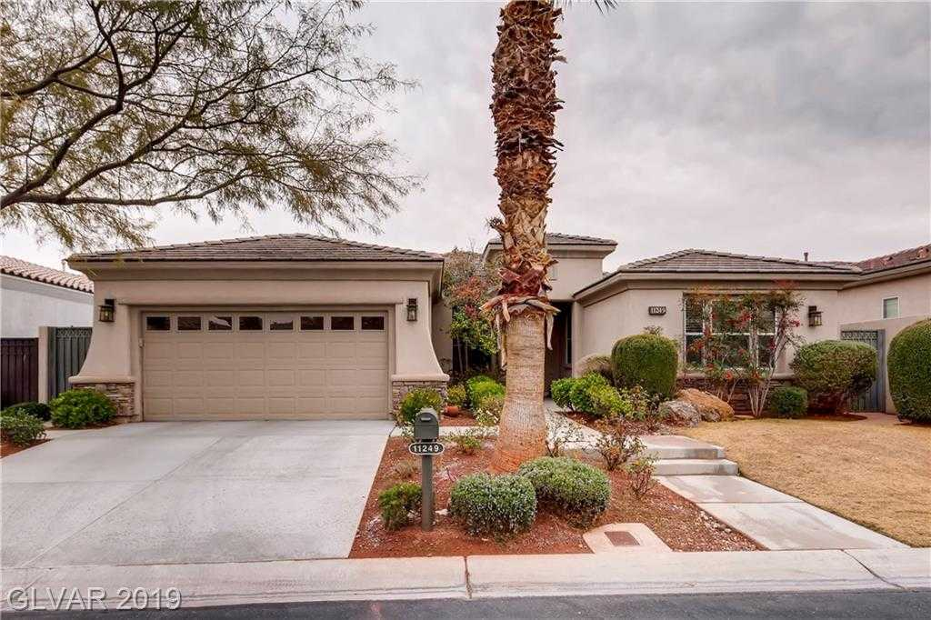 $629,000 - 3Br/2Ba -  for Sale in Red Rock Cntry Club At Summerl, Las Vegas