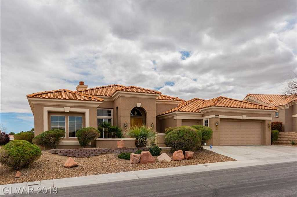 $589,900 - 2Br/3Ba -  for Sale in Sun City Las Vegas, Las Vegas