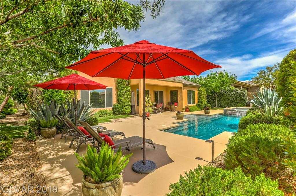 $699,900 - 3Br/3Ba -  for Sale in Anthem Cntry Club Parcel 6, Henderson