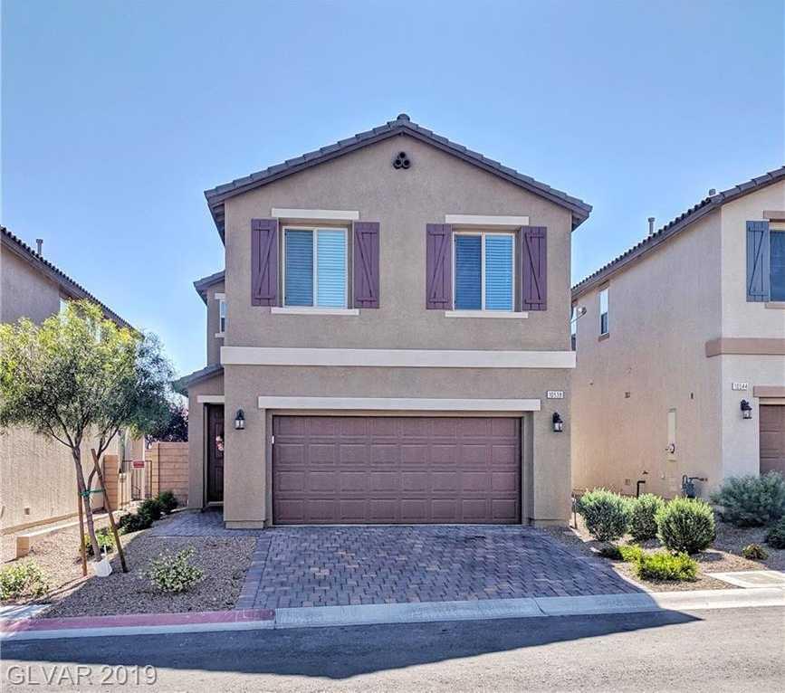$292,500 - 3Br/3Ba -  for Sale in Summer Hill 2, Las Vegas