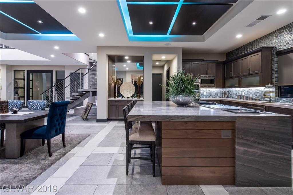 $2,299,000 - 4Br/5Ba -  for Sale in Summerlin Village 18 Ridges Pa, Las Vegas
