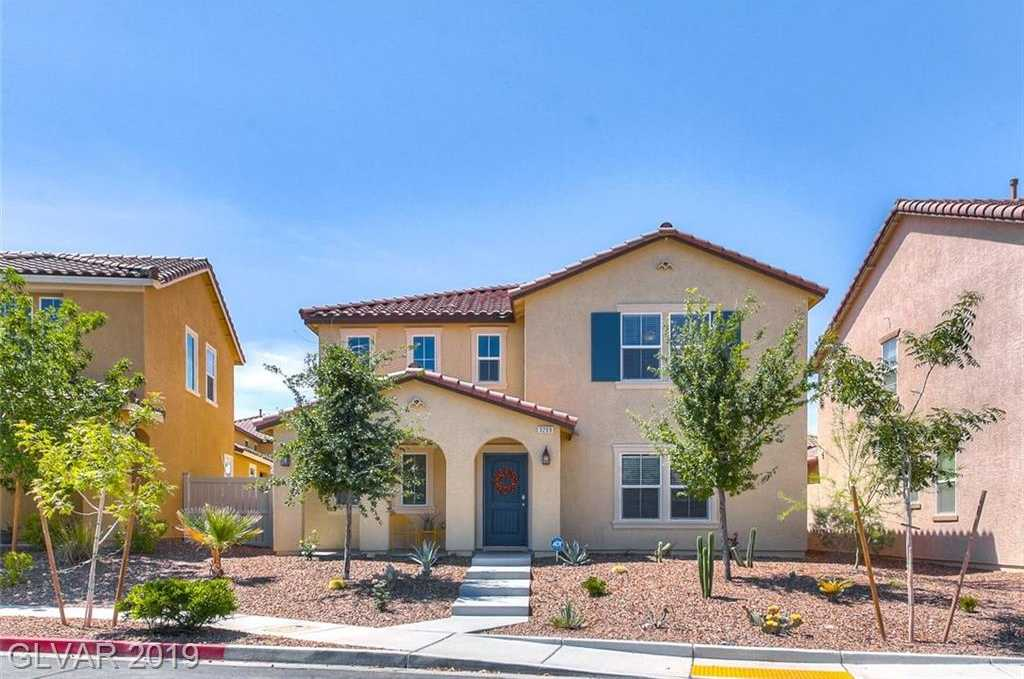 $414,950 - 4Br/3Ba -  for Sale in South Edge Pod 1-4 Unit 4b, Henderson
