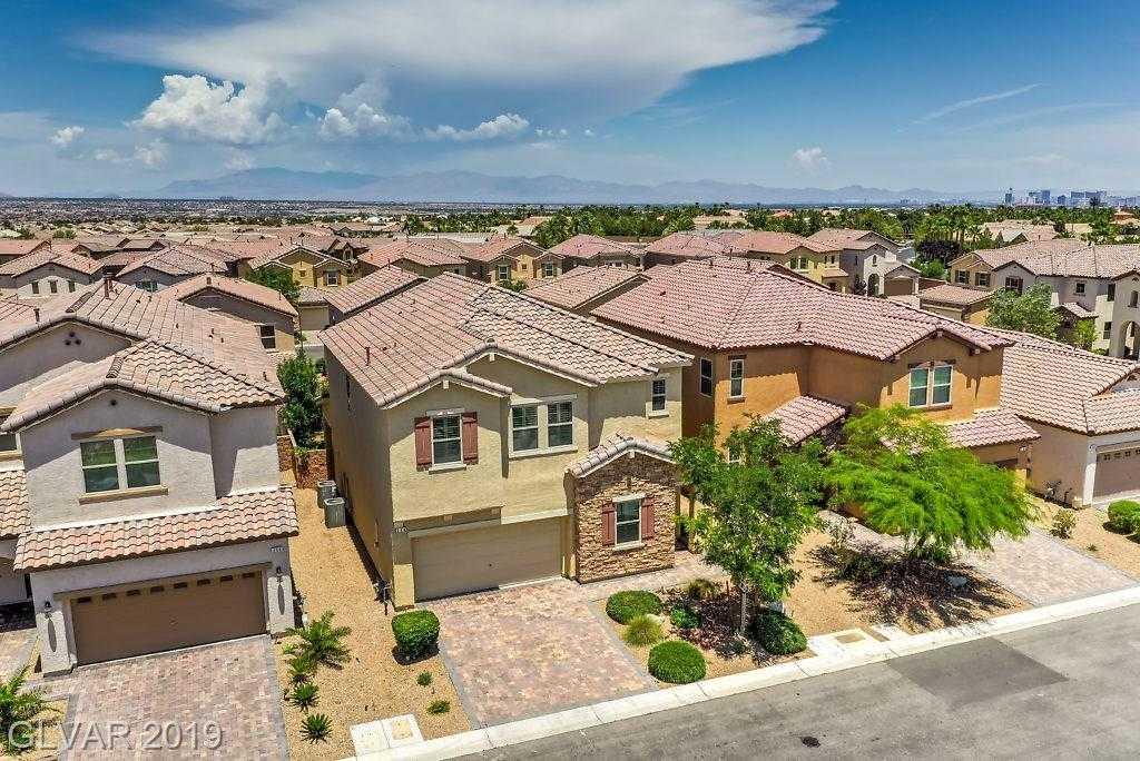 $465,000 - 4Br/3Ba -  for Sale in Rhodes Ranch Parcel 17-phase 1, Las Vegas