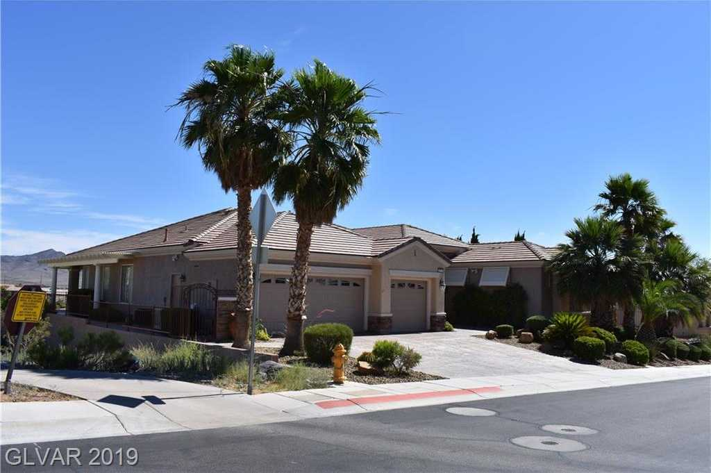 $850,000 - 2Br/3Ba -  for Sale in Sun City Anthem Unit #16, Henderson