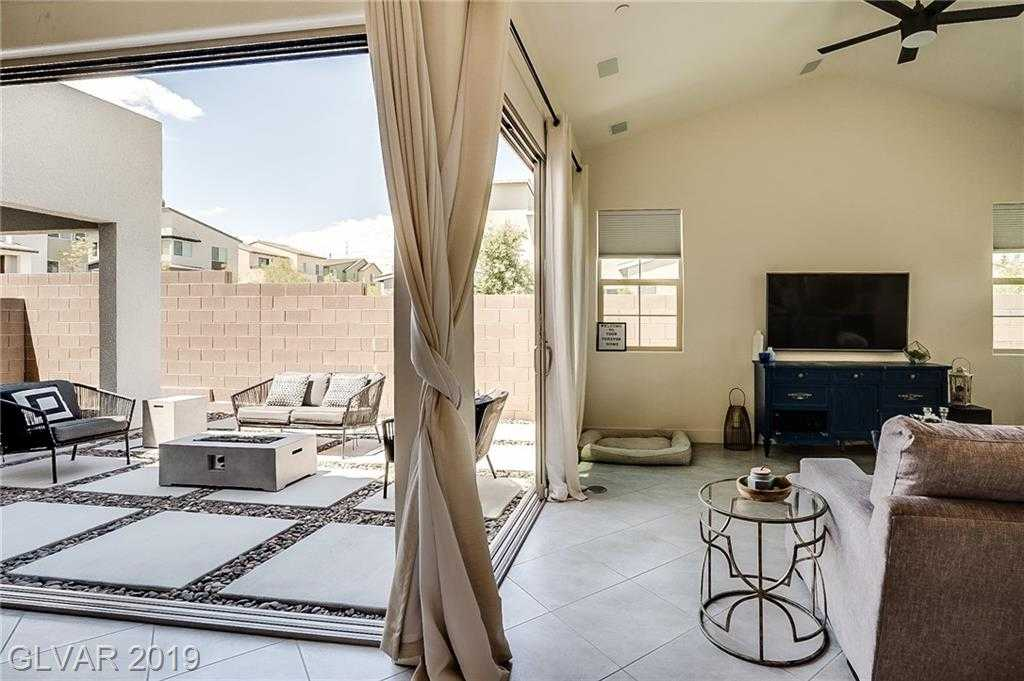 $544,999 - 4Br/4Ba -  for Sale in Sunridge And Carnegie, Henderson
