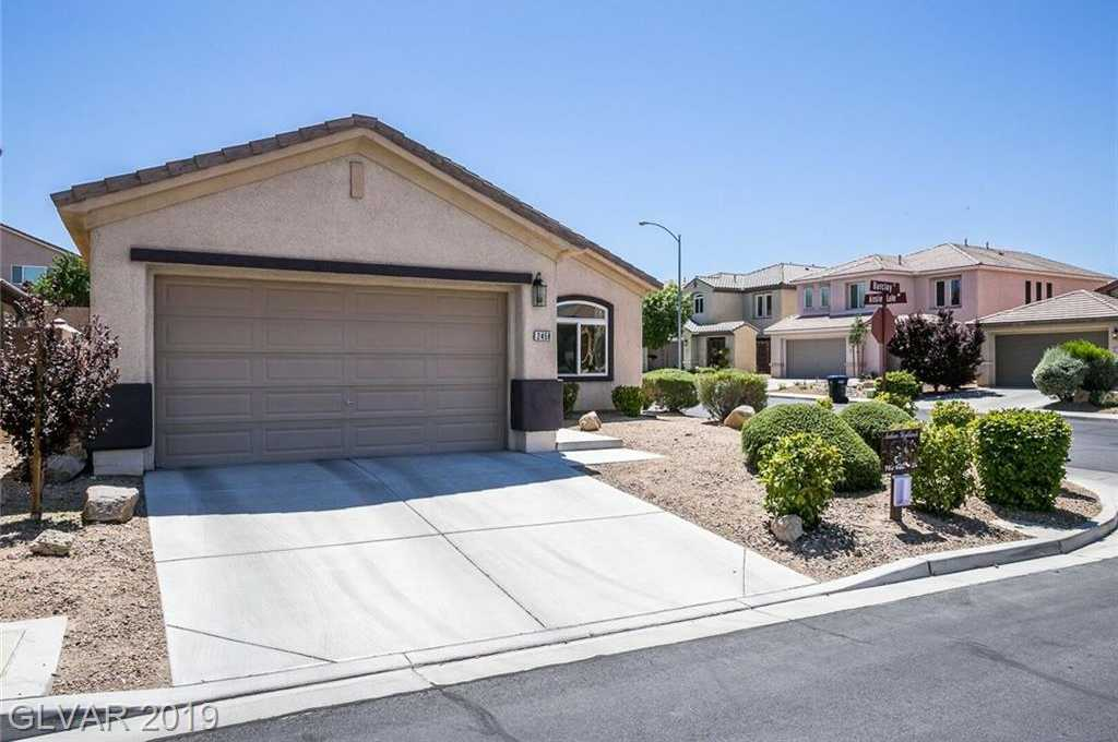 $349,900 - 3Br/2Ba -  for Sale in Anthem Highlands Unit 4 Phase, Henderson