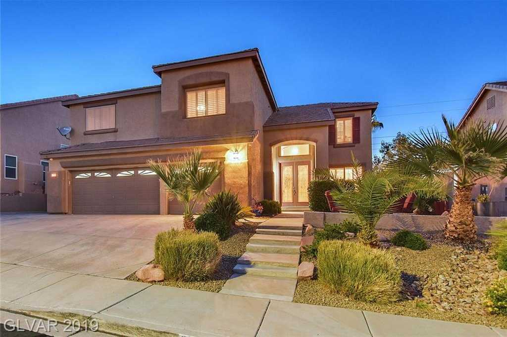 $569,900 - 5Br/3Ba -  for Sale in Clearwater Canyon, Henderson