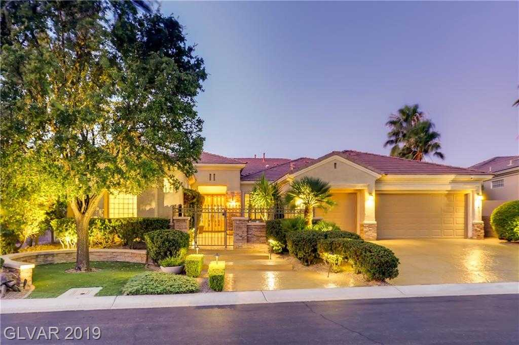 $1,150,000 - 2Br/3Ba -  for Sale in Sun City Anthem, Henderson