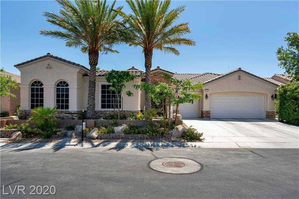 $869,500 - 3Br/4Ba -  for Sale in Sun City Anthem Unit #16, Henderson