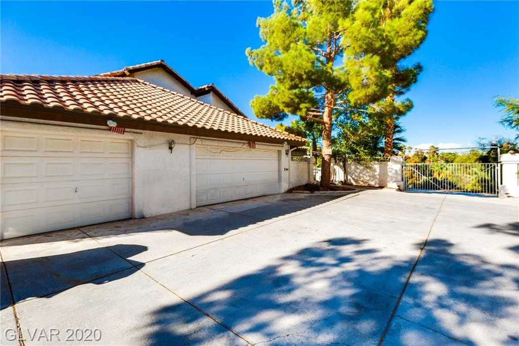 $1,179,000 - 4Br/6Ba -  for Sale in Paradise Valley Country Club E, Henderson