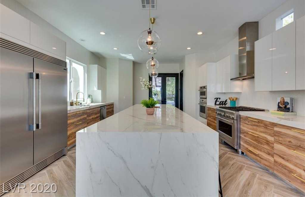$1,699,000 - 4Br/5Ba -  for Sale in Red Rock Cntry Club At Summerlin, Las Vegas