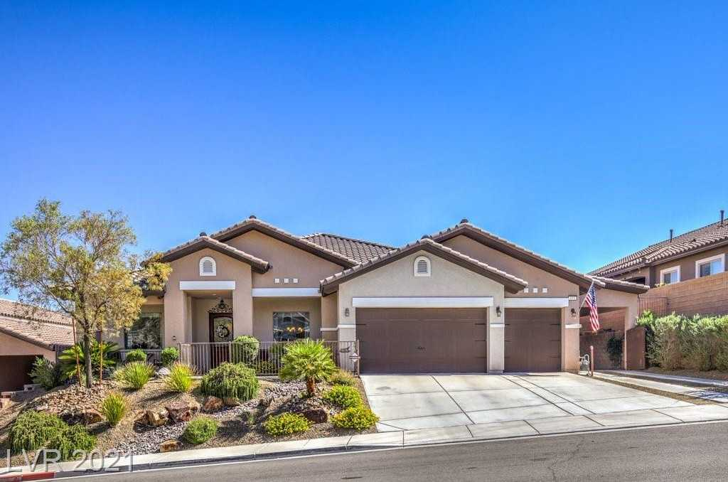 $1,249,000 - 4Br/3Ba -  for Sale in Tuscany Retreat Amd, Boulder City
