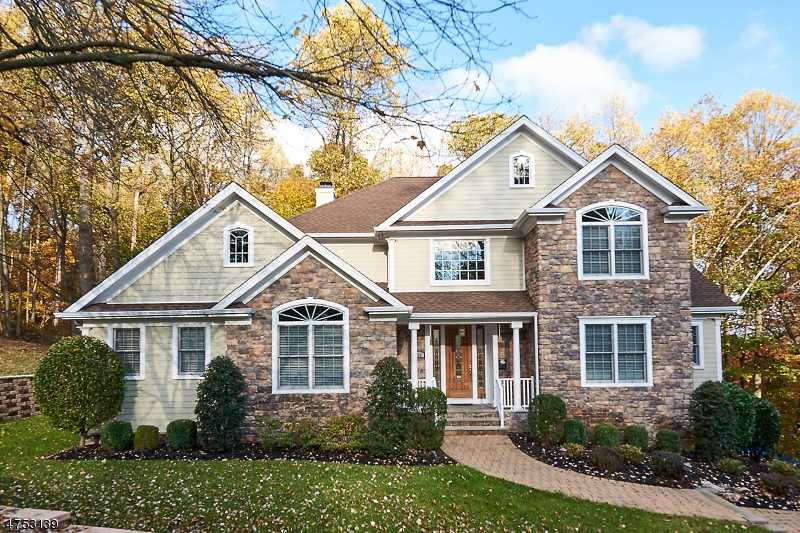 $969,900 - 5Br/5Ba -  for Sale in Springfield Twp.