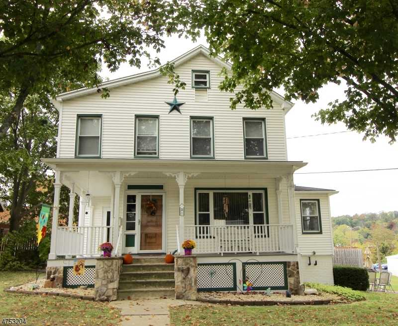 $245,000 - 3Br/2Ba -  for Sale in Newton Town