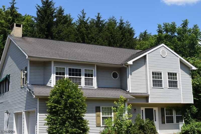 $169,900 - 3Br/3Ba -  for Sale in Pohatcong Twp.