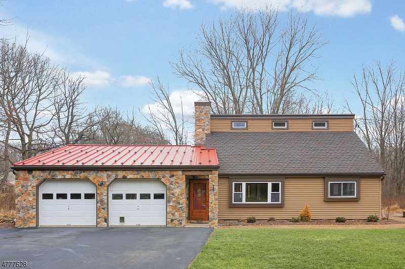 $374,999 - 4Br/3Ba -  for Sale in Bethlehem Twp.