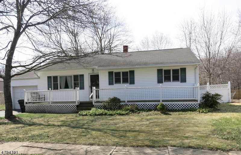$300,000 - 3Br/2Ba -  for Sale in Clover Hill, Mount Olive Twp.