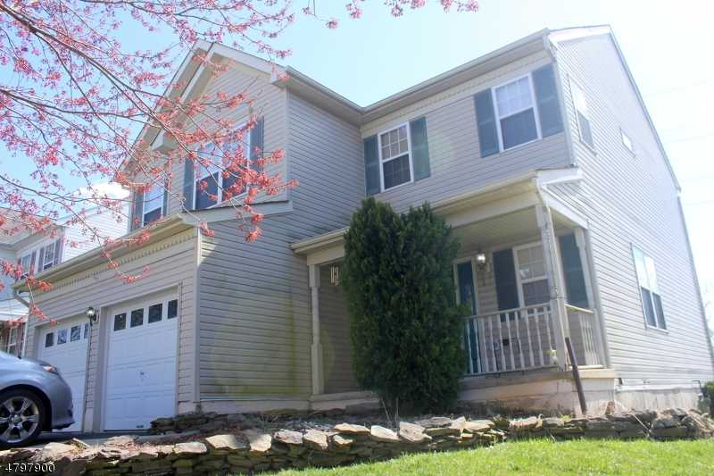 $279,900 - 4Br/3Ba -  for Sale in Greenwich Twp.
