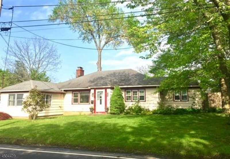$275,000 - 3Br/1Ba -  for Sale in Old Bridge Twp.