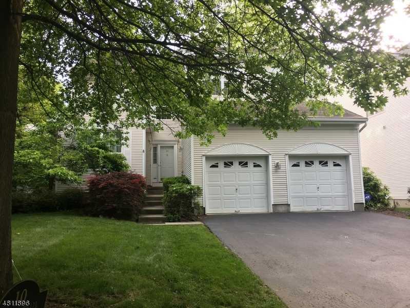 $689,000 - 4Br/3Ba -  for Sale in Reservoir Ridge, Cedar Grove Twp.