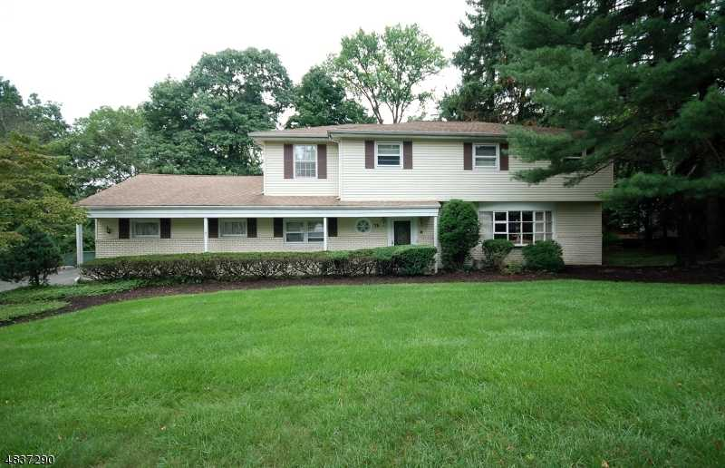 $469,900 - 4Br/3Ba -  for Sale in Wayne Twp.