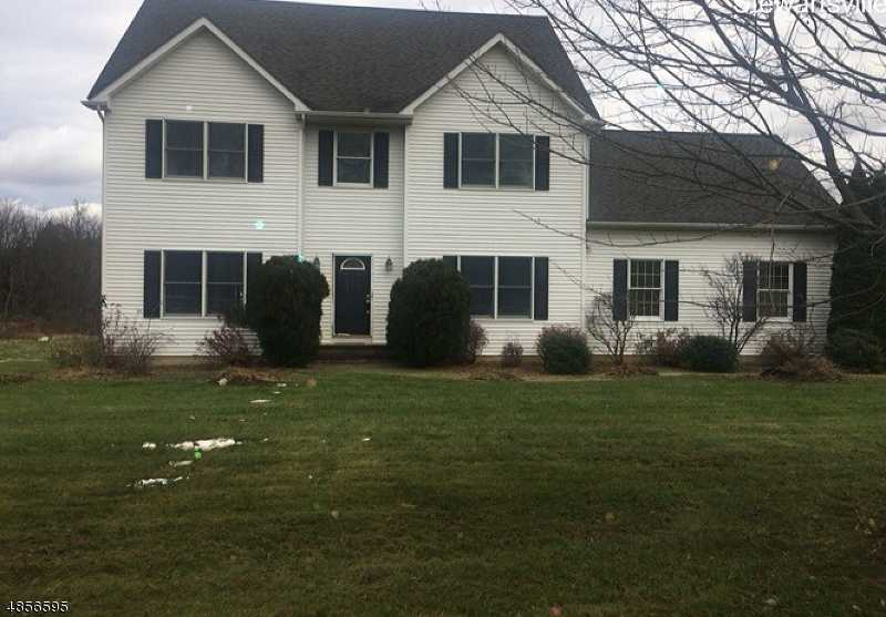 $379,900 - 4Br/3Ba -  for Sale in Greenfields, Greenwich Twp.